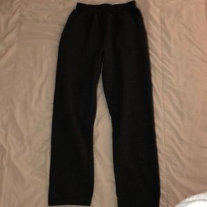 Boys dark gray good condition sweatpants